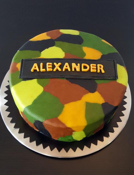 Military camouflage cake - militär/kamouflagetårta