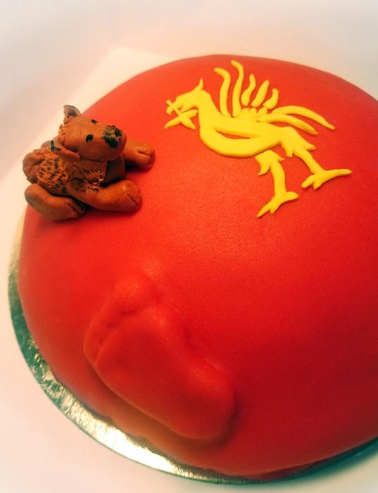 Liverpool FC cake / baby belly cake - Liverpooltårta/gravidtårta
