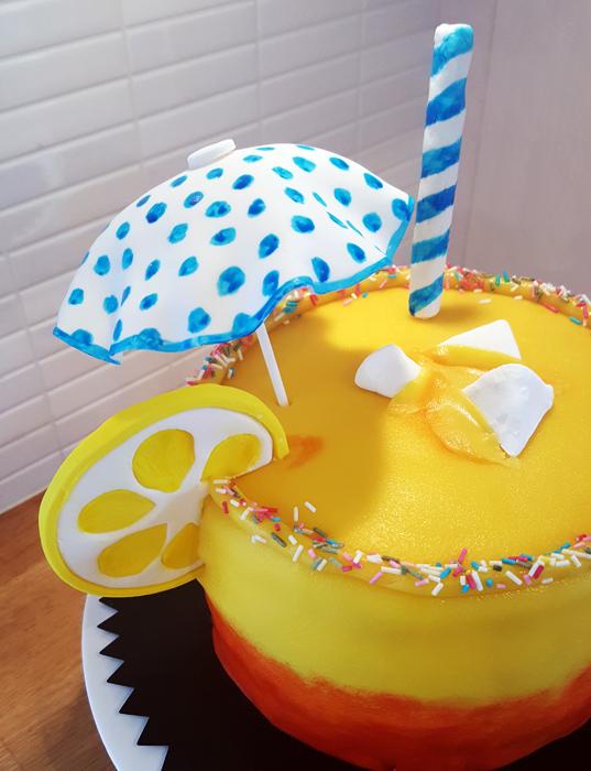Drinktårta - drink cake