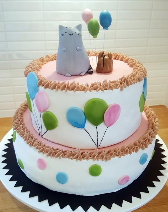 Pusheen-tårta