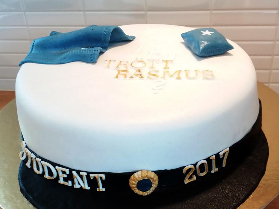 Studentmössa-tårtan