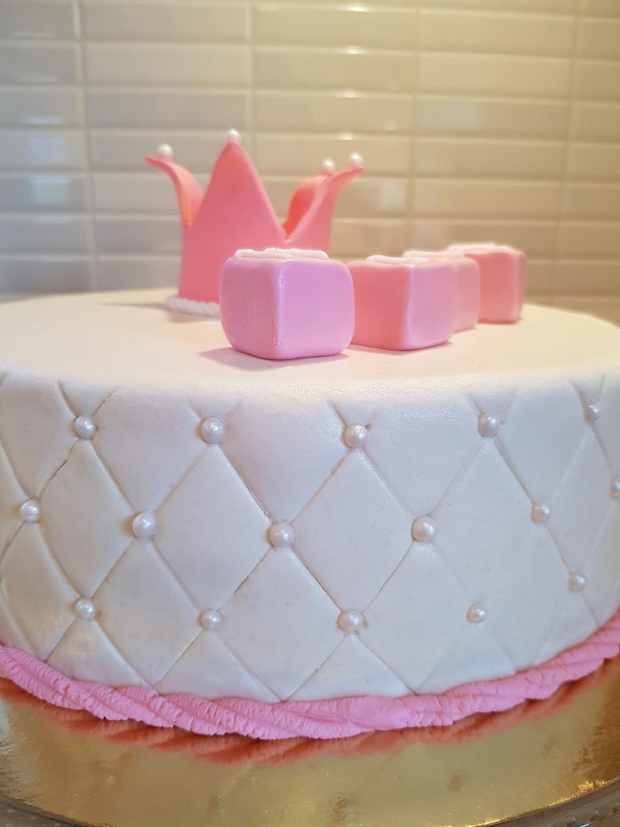 Christening cake, white and pink - doptårta i rosa och vitt